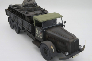 Militärfahrzeuge vor 1945 > 1/35